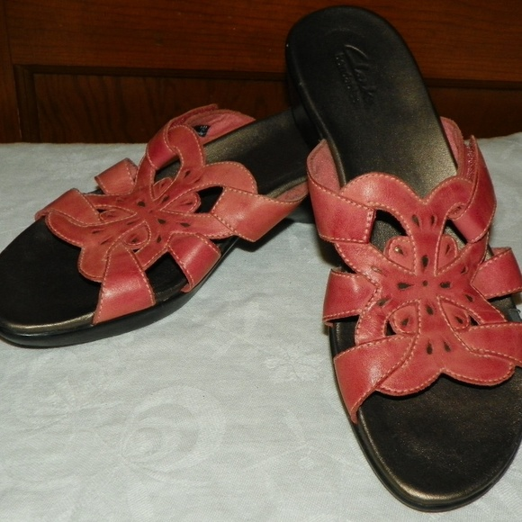 ab9017a1d34 Clarks Shoes - Clarks Bendable Coral Pink Leather Sandals
